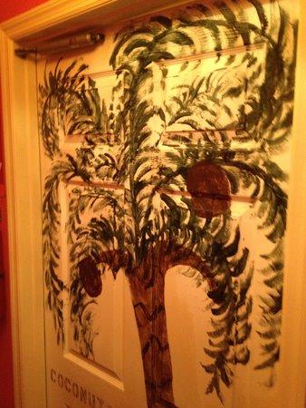 Le Clos: Painted doors inside