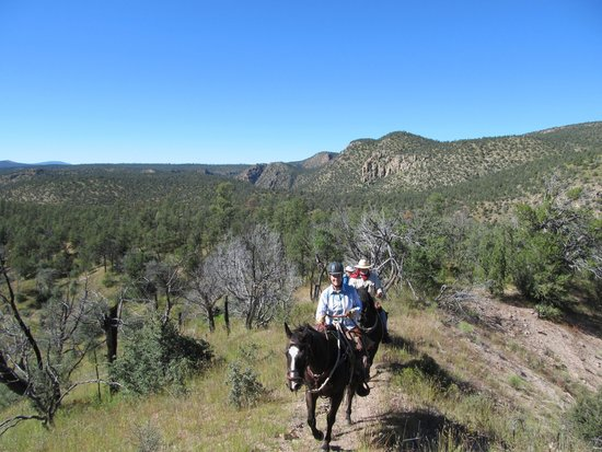 Geronimo Trail Guest Ranch: Lovin life at Gronimo