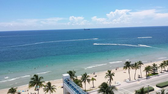 The Westin Beach Resort, Fort Lauderdale : View from room, with bridge to beach visible