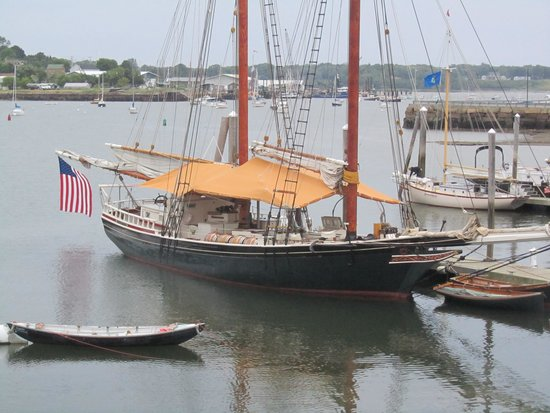 Schooner Stephen Taber Day Cruises: The Stephen Taber