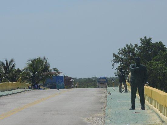 Gran Caribe Club Villa Cojimar: Мост