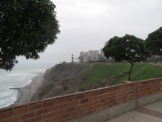Malecón de Miraflores: Anotehr view.