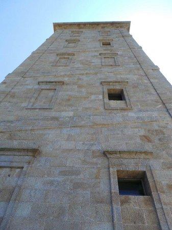 Tower of Hercules (Torre de Hercules) : La restauration du 18 eme est superbe