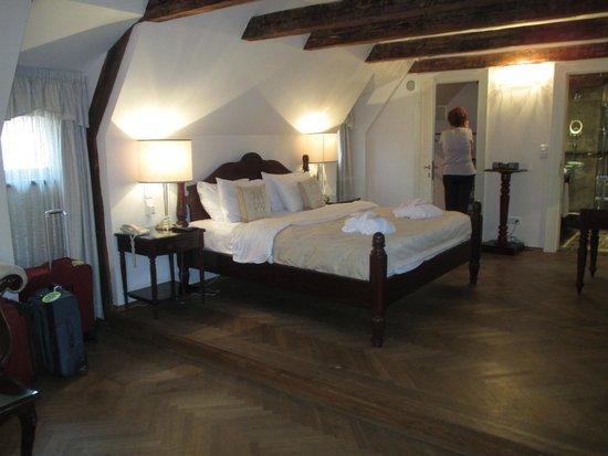 Savic Hotel: Savic Room 303