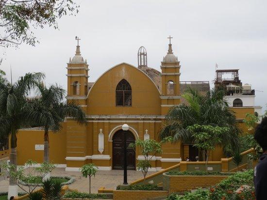 Barranco: Church
