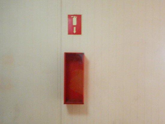 Alborada Beach Club: not a single extinguisher