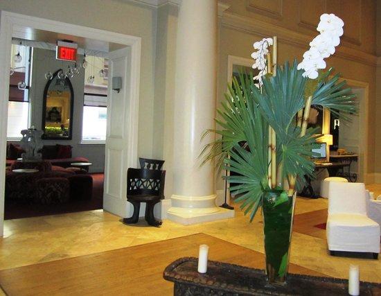 International House Hotel: Hotel bar