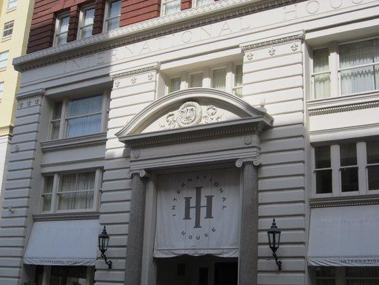 International House Hotel: Hotel front