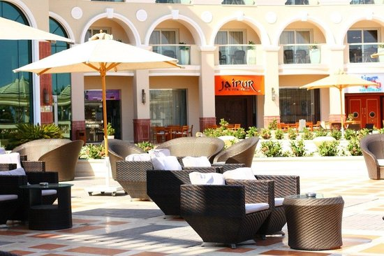 Premier Romance Boutique Hotel and Spa: In front of the hotel