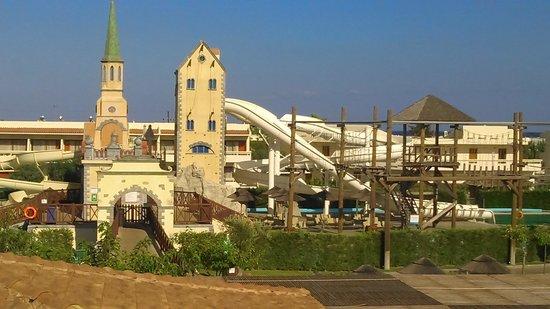 Holiday Village Rhodes : water slides