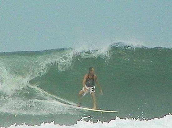 Casa de La Sirena : The long left point wave
