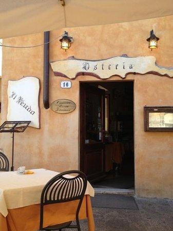 Restaurant - Bar Il Feudo: entrata ristorante