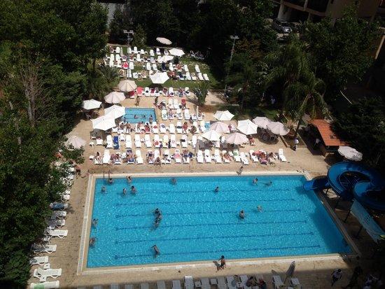 Cosmopolitan Hotel: Вид с окна номера