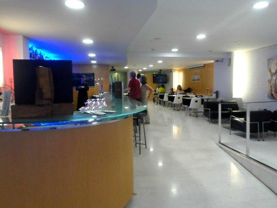 Ayre Hotel Caspe: Bar-ristorante