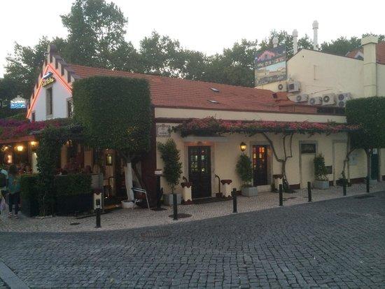 Restaurante Casa Velha : Outside