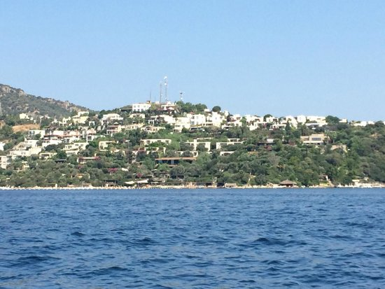 Macakizi Hotel Bodrum : Photo from the water