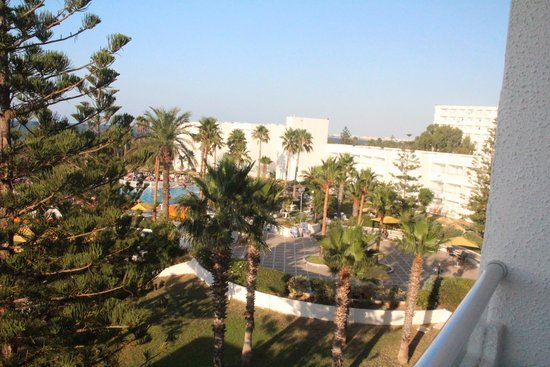 Hotel Club Tropicana & Spa : outside
