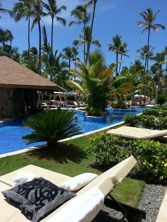 Majestic Colonial Punta Cana: VIP Pool - view from room