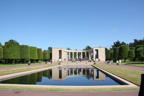 Omaha Beach: memorial