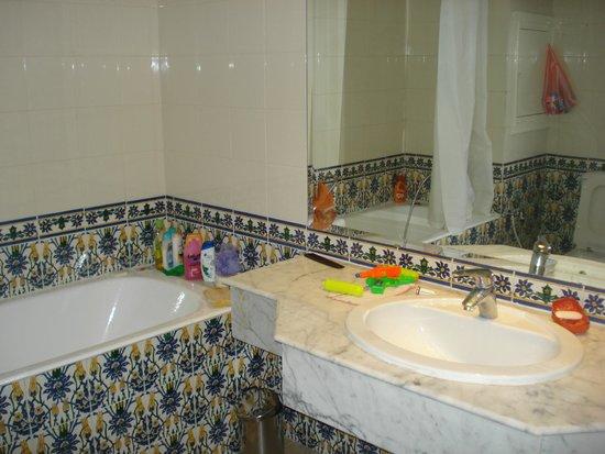 Residence le Corail : salle de bains