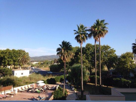 Invisa Hotel Es Pla: Balcony view :) x