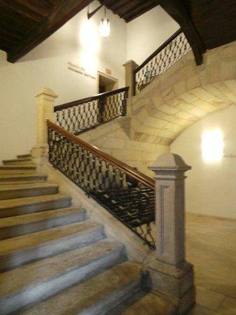San Francisco Hotel Monumento: Superbe escalier