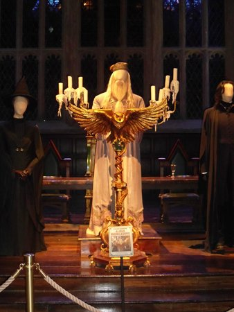 Warner Bros. Studio Tour London - The Making of Harry Potter: Dumbledore