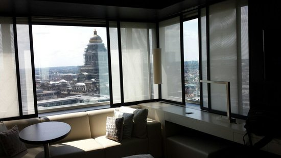 The Hotel - Brussels : Two views