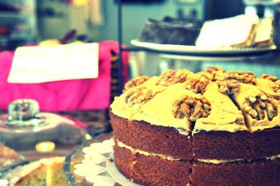 Nanny's: coffee & walnut cake