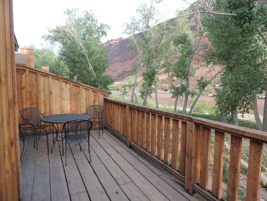 Red Cliffs Lodge: Terrasse
