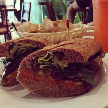 Vegan Planet: baguette grill