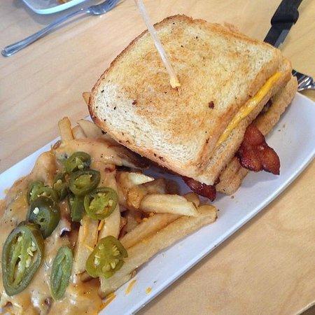 Crave: Fatty Melt and Das Fries