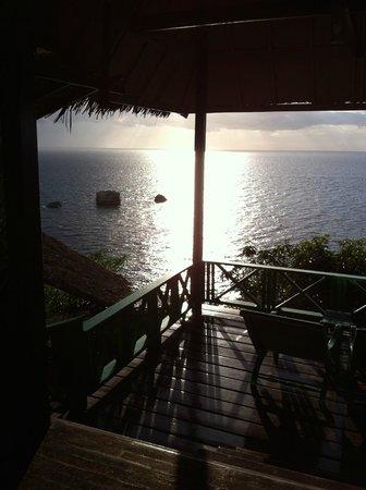 Charm Churee Villa: Vue de la chambre au soleil couchant