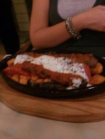 Pasazade Restaurant Ottoman Cuisine: Polpette in yougurt acido
