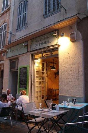 Au Coeur du Panier : front of restaurant