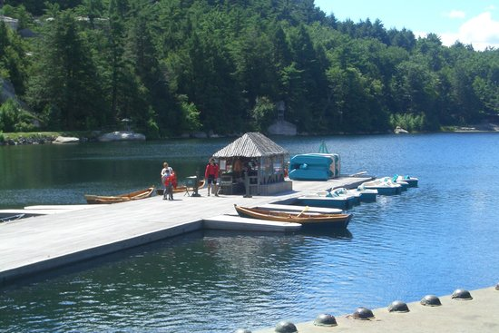 Mohonk Mountain House: The boat dock