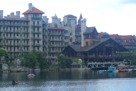 Mohonk Mountain House: The hotel - and porch with rockers.