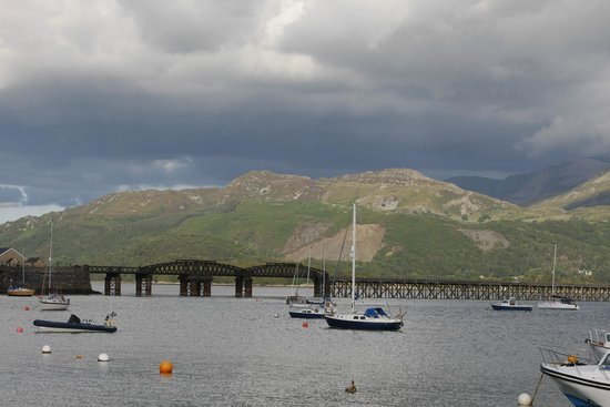 Belle Vue Hotel: Barmouth Bridge