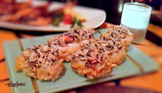 Bushido Restaurant: King crab roll