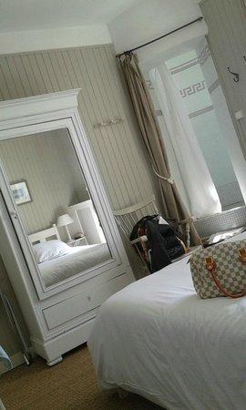 Les Tourelles : La chambre