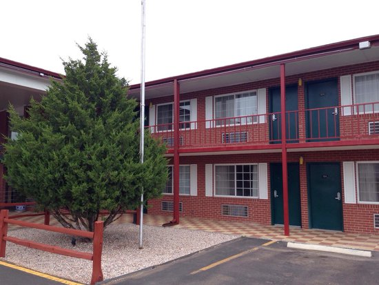 Travelodge Ogallala : Stagecoach Inn at Ogallala Nebraska - photo by Terry Hunefeld.