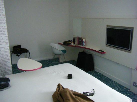 Ibis Styles Liverpool Centre Dale Street: room 509 interior