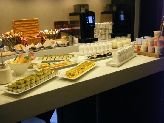 Ibis Styles Liverpool Centre Dale Street : sample of breakfast offerings