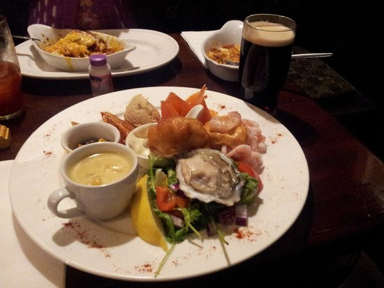 The Strand Bar: seafood platter