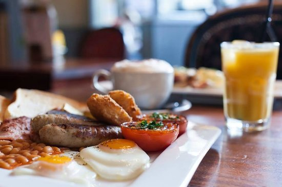 Belushi's - Greenwich: Breakfast served 8.30-Midday