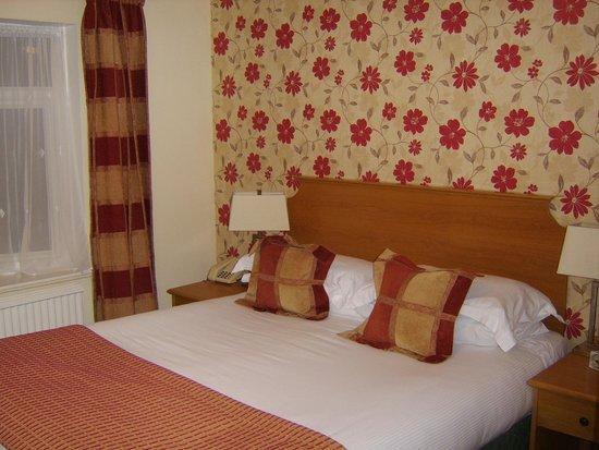 Fairwater Head Hotel: Bedroom shot (2)