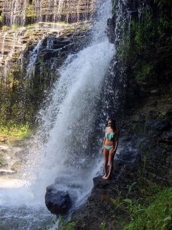 Cookeville, Τενεσί: Me next to the falls!