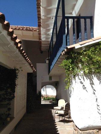 Belmond Palacio Nazarenas : acceso al claustro más apartado