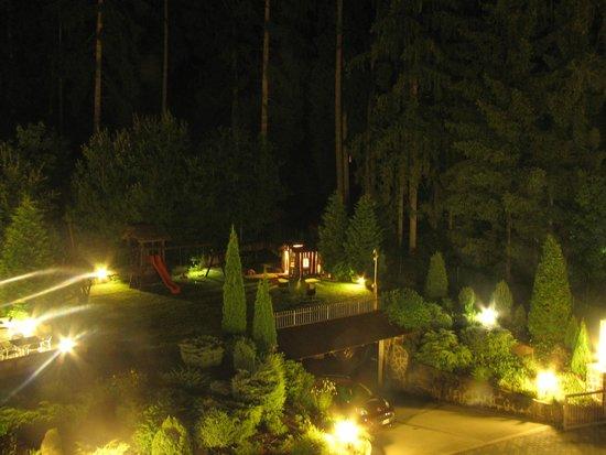 Hotel Villa Madonna: Il parco giochi per i bimbi