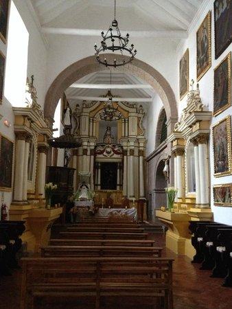 Belmond Palacio Nazarenas : Capilla del primer claustro